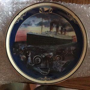 Titanic Collectors Plate